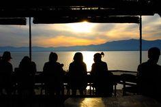 滋賀県、琵琶湖一望の絶景カフェ