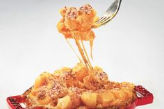 Pimiento Mac and Cheese / Hans Gissinger