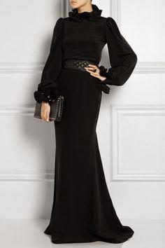 2015 Tesettür Abiye Elbise Modelleri Source by gecekiyafeti bonitos Abaya Fashion, Muslim Fashion, Modest Fashion, Fashion Dresses, Fashion Clothes, Hijab Evening Dress, Hijab Dress, Evening Dresses, Hijab 2015