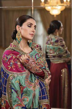 Ayeza Khan's latest photoshoot – The Odd Onee Shadi Dresses, Pakistani Dresses Casual, Pakistani Wedding Outfits, Pakistani Bridal Dresses, Pakistani Dress Design, Bridal Outfits, Bridal Lehenga, Designer Party Wear Dresses, Indian Designer Outfits