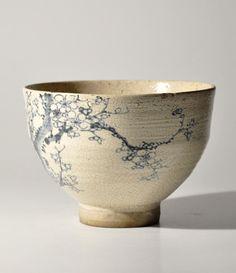 Antique vintage Japan kutani blue and white tea bowl