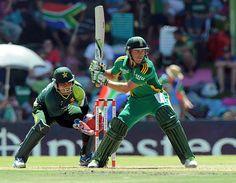 AB de Villiers (SA) 65 on 63 balls, prepares to play an aggressive shot, vs Pakistan, 1st ODI, Bloemfontein, March 10, 2013
