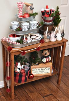 Disney Inspired Hot Cocoa Bar - A Wonderful Thought Slim Christmas Tree, Christmas Coffee, Christmas Time, Christmas Ideas, Christmas Morning, Christmas Hot Chocolate, Hot Chocolate Bars, Disney Christmas Decorations, Christmas Tablescapes