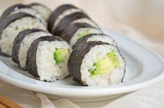 Veganes #Sushi - ein perfektes Rezept für einen Abend mit Freunden. Oder auch für einen Abend alleine.