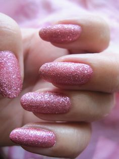 PINKITKYNNET#  My nails with Lumene Roosa nauha -nailpolish. #lumeneroosanauha www.funkyandfifty.blogspot.com