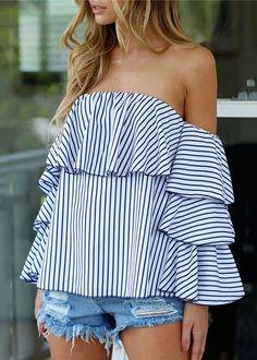 Compre Blusa Listrada Com Babado No Ombro Caído | UFashionShop