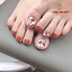 Pretty Toe Nails, Pretty Toes, Simple Nail Art Designs, Easy Nail Art, Celebrity Nails, Japanese Nails, Toe Nail Art, Pedicures, Trendy Nails