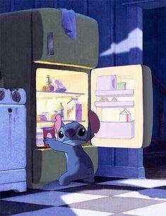 Lilo & Stich raiding the fridge at night. Cartoon Wallpaper Iphone, Cute Disney Wallpaper, Cute Cartoon Wallpapers, Lilo Ve Stitch, Lelo And Stitch, Disney Films, Disney And Dreamworks, Disney Magic, Disney Art