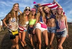 Tomorrowland, cool outfits, american flag