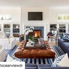 Bay Bluff is one of our favourite Hamptons feeds. And is for sale now! #Repost @42oceanviewdr ・・・ The main living room has ample space for friends and family to gather around the gas fireplace and watch a movie. #Baybluff has a @control4_smart_home A/V system with TVs, music, and cameras throughout the property.