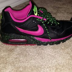 uk availability 2b516 bb2c7 Women s Nike Air Max Limited Edition These were a limited edition of the air  max.