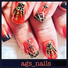Gel nails hallowween nails spooky spiders and skeleton hands