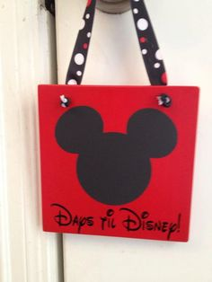 Disney Countdown by AmysVinylCreations on Etsy, $15.00