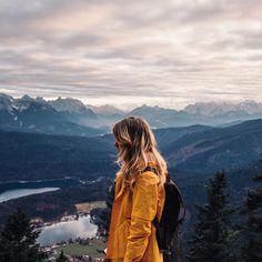 Alex Mazurov в Instagram: «Time to explore the Alps! В путешествиях мы всегда пользуемся больше картой, чем наличными, а в этом – старались платить картой банка-партнёра #S7prioirty все, что можно, так как даже самая простая покупка дает мили и приближает к победе в конкурсе и бесплатным билетам @s7airlines_official»