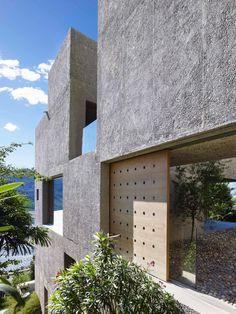 New Concrete House in Brissago