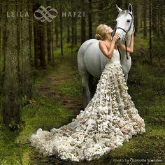 #beautiful @mariaholzweiler #married in #fairytalecouture by #LEILAHAFZI #instaphoto by @charlottespetalen #styling by #KarolineHestnes #sposa #noiva #bridetobe #bridal #sustainablefashion #sustainable #wedding #mastersatwork #bruden #norwegianwoods #fashion4globalshift Web Instagram User » Followgram