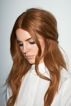 Lana Del Rey rich copper hair Hair 60 Fresh Spring Hair Colors For The REAL Fashionistas Red Hair Color, Cool Hair Color, Ginger Hair Color, Tan Ginger, Color Red, Spring Hairstyles, Cool Hairstyles, Redhead Hairstyles, Corte Y Color