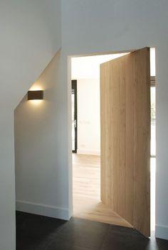 pivoterende deur imagesfull_05_garderobe_en_taatsdeur.jpg (468×700) FritsJurgens MPDS-S80 RVS F9000
