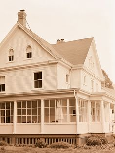 love this style of house!! {Cavallo Point, SFO - photo by Elizabeth Messina}