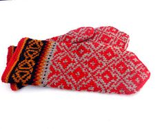 Items similar to hand knitted wool warm gray red mittens patterned mitts knit latvian mittens handknit gloves knitting winter gloves ethnic made to order on Etsy Red Mittens, Knit Mittens, Knitted Gloves, Fair Isle Knitting, Hand Knitting, Mittens Pattern, Warm Grey, Wool Yarn, Flower Patterns