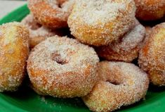 """Sugar doughnuts - these look like delicious donuts we eat at """"The Logging Camp"""" up in Park Rapids, MN Donut Recipes, Healthy Dessert Recipes, Snack Recipes, Snacks, Desserts, Delicious Donuts, Yummy Food, Chocolate Almond Milk, Cinnamon Sugar Donuts"""