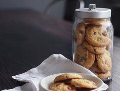 Cookies – Kuplassa   Lily Lily, Cookies, Baking, Crack Crackers, Biscuits, Bakken, Orchids, Cookie Recipes, Backen