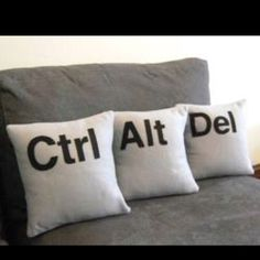 Computer, technology humor / geek home decor idea - ctrl alt del pillows (control alt delete) Lol