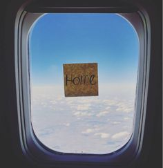 The place to sit in a plane? The window seat! Check out these amazing pictures shot from that airplane seat where you can dream off and see worlds pass.