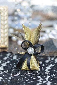 Casablanca white dinner jacket with great Gatsby bow tie, Every Night's a Ball… Great Gatsby Prom, Great Gatsby Theme, Roaring 20s Party, Gatsby Party, White Tuxedo Wedding, Wedding Black, Trendy Wedding, Men's Suits, Art Deco Wedding Theme
