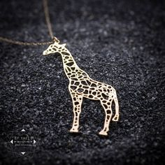 Silver giraffe necklace giraffe gift Animal Necklace Nature Jewelry minimalist necklace long necklace geometric necklace pendant necklace - My Accessories World Minimalist Necklace, Minimalist Jewelry, Body Necklace, Pendant Necklace, Unique Necklaces, Jewelry Necklaces, Chunky Necklaces, Unique Jewelry, Jewlery