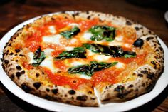 @SottoLA's infamous margherita pizza. via @kevin_eats (must try!)