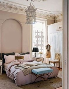 Delicate Bedroom Ideas for Women Emphasizing on Feminine Appearance: Outstanding Bedroom Ideas From Women With Pink Pillows Purple Blanket A...