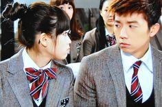 Dream High ~ K-Drama Confessions Korean Drama Movies, Korean Actors, Korean Dramas, Best Movie Couples, Autumn In My Heart, Drama Fever, Kdrama Memes, Dream High, Woo Young