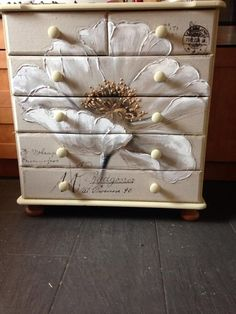 Dresser painted in Chalk Paint® by Annie Sloan. Tamsin Michelle Morgan decoupaged an oil canvas to this dresser. Just wonderful!!! ♡