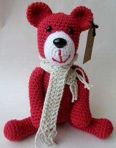Toby the Teddy Bear  simplehooks.com