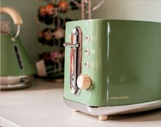 Morphy Richards Green Retro Toaster - - Only 1 left - New in Home Appliances, Small Kitchen Appliances, Toasters Small Kitchen Appliances, Home Appliances, Kettle And Toaster, Retro 2, Organisers, Green, Ebay, Products, House Template