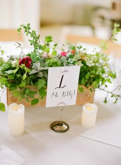 Boxed floral #centerpiece with a loose, organic look. Photography: Caroline Yoon Fine Art Photography - www.carolineyoonphotography.com  Read More: http://www.stylemepretty.com/2014/08/27/intimate-nuptials-in-napa-valley/