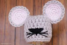 Newborn Mouse Hat Crochet Pattern http://www.hopefulhoney.com/2015/01/newborn-mouse-hat-crochet-pattern.html