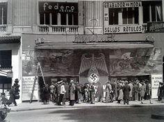 * @MadridenRuta @RetoHistorico @Ls_Madriles ¿Qué película se proyectaba en el cine Imperial? CC @CampuaFotografo pic.twitter.com/u10oQn37gM Brassai, Dream Theater, New York City, Spanish, San Bernardo, Cinema, Europe, War, History