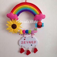 felt wreath - rainbow