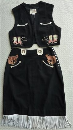 KATY K Vintage Women's 40s style Western suit. Vest & fringed skirt.
