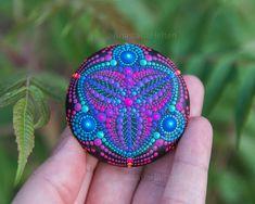 Mandala stone, hand painted - Mandala Stones