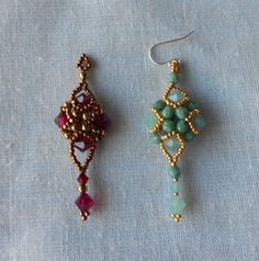 Earring on the left is Sidonia's Art Deco Earrings pattern, made exactly as she presented it. This is a wonderful pattern! It is very easy and comes together very quickly It calls for 6mm bicones and 4mm beads.