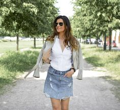 #streetstyle #ootd #outfit #outfitoftheday #lookdujour #tenuedujour #sofrenchbynaty #look #lookoftheday #bohochic #streetoutfit #pearls #denim #summer #jupeperlée