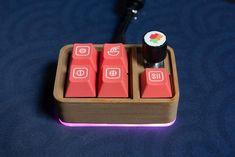 Little Bento - MechanicalKeyboards Computer Basics, Computer Keyboard, Diy Mechanical Keyboard, Electronic Music Instruments, Retro Typewriter, Pc Gaming Setup, Keyboard Keys, Key Caps, Electronic Engineering