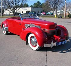 The 1937 Cord 812 Supercharged Phaeton was a front-engine, two-passenger convertible coupe, with roll-down rear quarter windows--a Cord first for an American production model. Us Cars, Sport Cars, Vintage Cars, Antique Cars, Retro Cars, Automobile, Pt Cruiser, American Classic Cars, Classy Cars