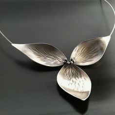 Image of Trillium Necklace All Silver #SilverJewelry