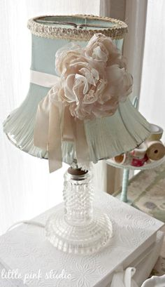 Vintage dressing table lamp ~
