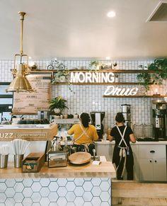 Better Buzz Coffee design 40 Of America's Most Buzz-Worthy Coffee Shops Cozy Coffee Shop, Small Coffee Shop, Best Coffee Shop, Coffee Shops Ideas, Nashville Coffee Shops, Coffee Shop Names, Coffee Store, Restaurant Design, Deco Restaurant