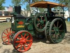 What a cool tractor!